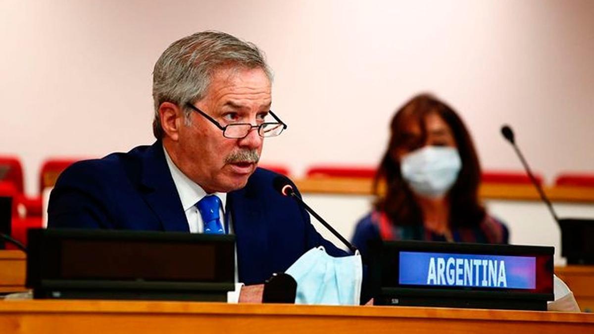 El canciller explicará en el Senado la posición argentina respecto a la determinación de Chile sobre la plataforma marítima.
