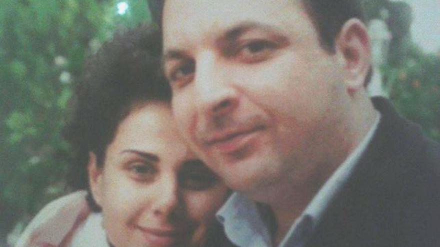 Mazen Darwish y su mujer Yara Badr, en 2011. / Imagen cedida.