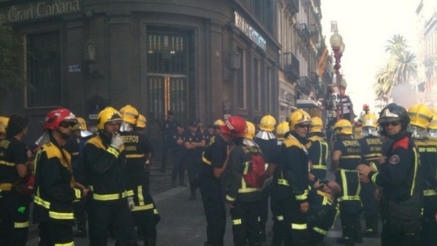 De las protesta de los bomberos #14