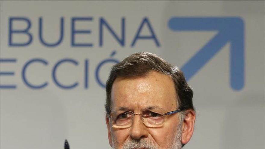 Rajoy dice que buscarán pactos transparentes, pero rechaza exigencias previas
