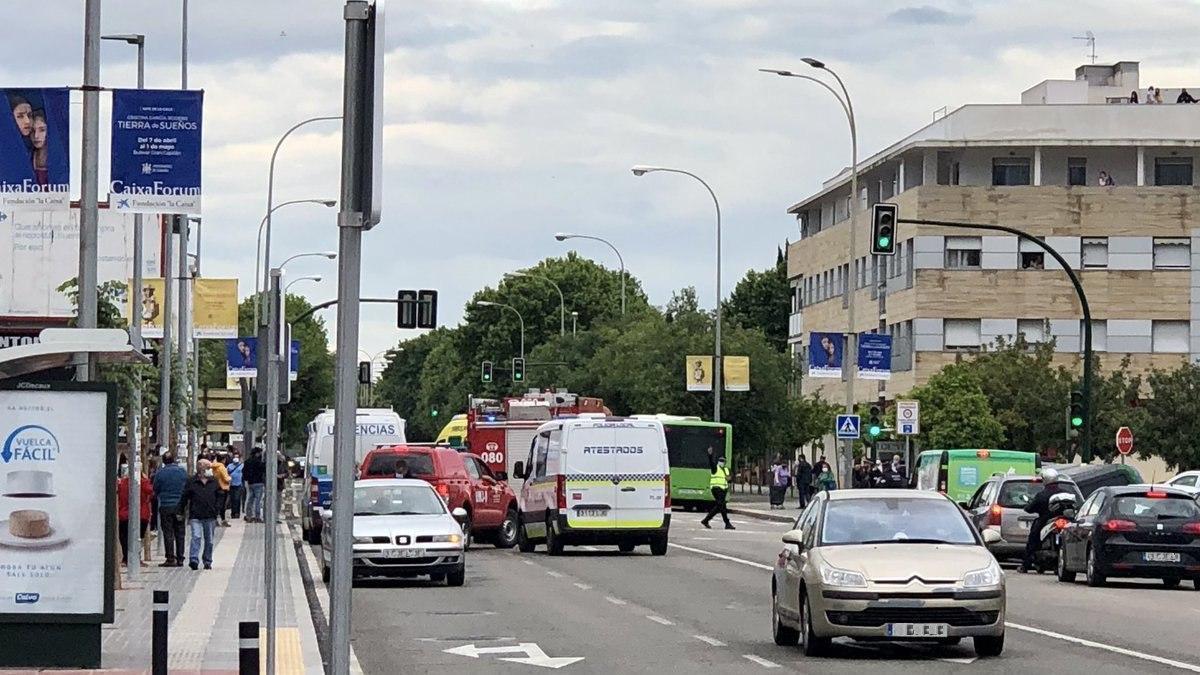 Imagen de la avenida de Libia minutos después del accidente