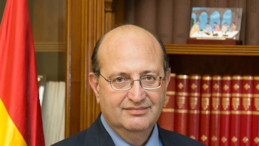 El Tribunal de Cuentas señala 17 partidos 'en quiebra' en 2011, con CiU e IU a la cabeza