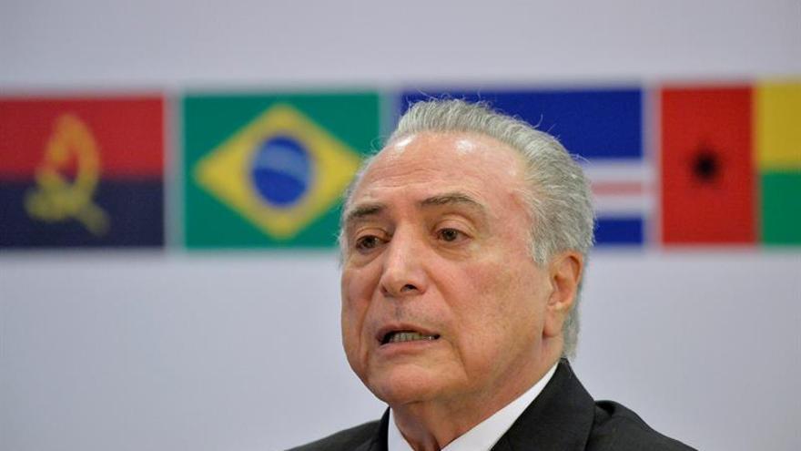 Temer anuncia un plan para regularizar la propiedad de viviendas en Brasil