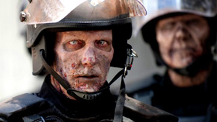 Los zombis de 'Walking Dead' asustan poco en laSexta y Mota recae en Tele 5