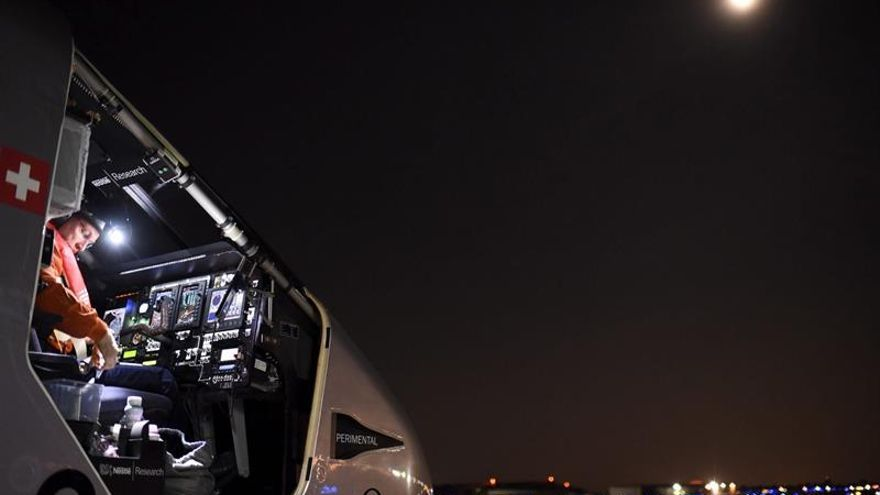 """El avión solar """"Impulse"""" completa otra etapa en EE.UU. entre Ohio y Pensilvania"""