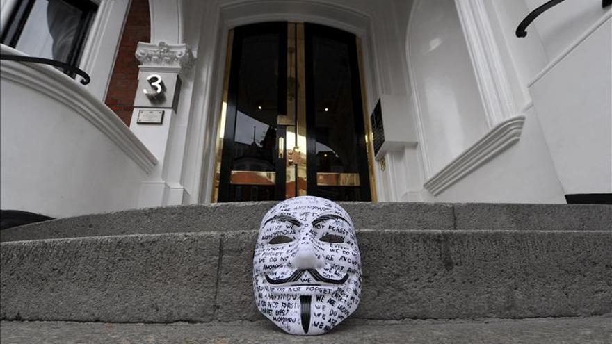 Anonymous publica detalles de los miembros de un grupo de ultraderecha