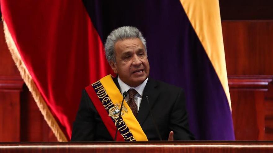 El presidente de Ecuador ofrece ayuda a Brasil para lucha contra incendios