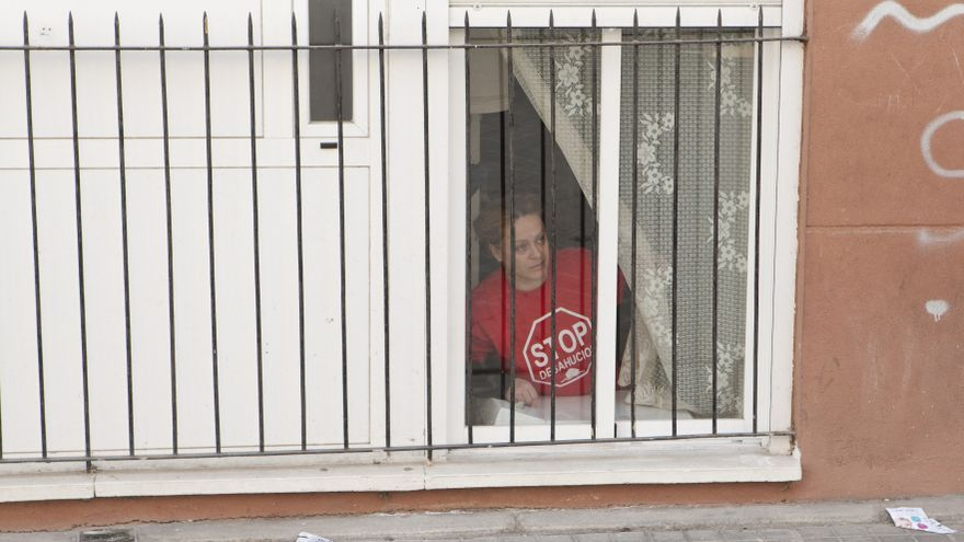 Imagen de Charo, antes de ser desalojada de la vivienda que ocupaba / Juanza Zarza \ DISO Press