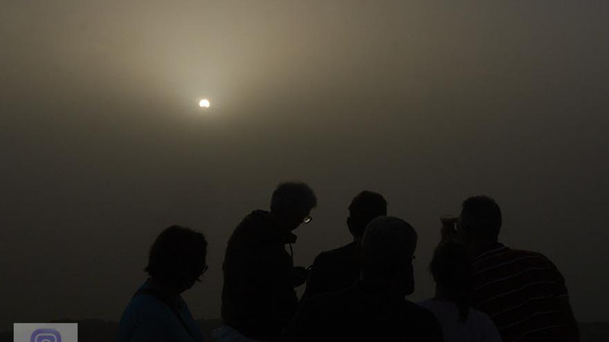 Eclipse parcial de Sol desde el Roque de Los Muchachos. Foto: JOSÉ F. AROZENA