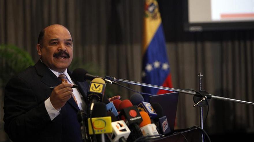 """El Gobierno venezolano ve una """"dinámica diferente"""" tras incorporar a la empresa privada"""
