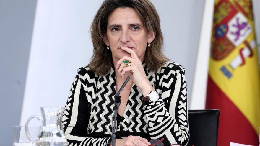 """Ribera asegura que Davos """"mira con interés"""" las acciones del Gobierno español en política social y medioambiental"""