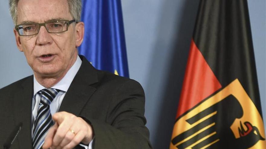 El ministro del Interior alemán estudia reintroducir controles en la zona Schengen