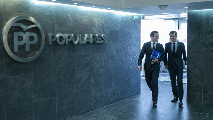 Teodoro García Egea y Pablo Casado, este lunes, antes del Consejo de Dirección del partido.
