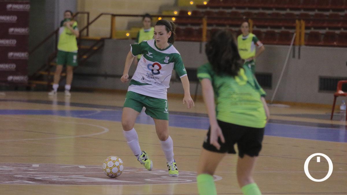 Lau Fernández, en un partido del Deportivo Córdoba.