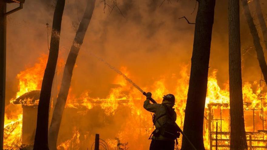Una línea eléctrica causó el incendio más mortífero en la historia de California