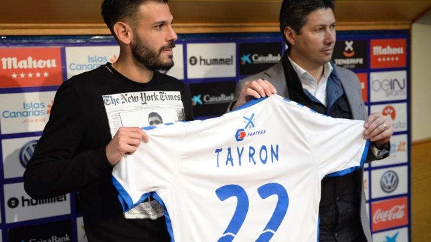 Tyronne, en su presentación con el CD Tenerife.