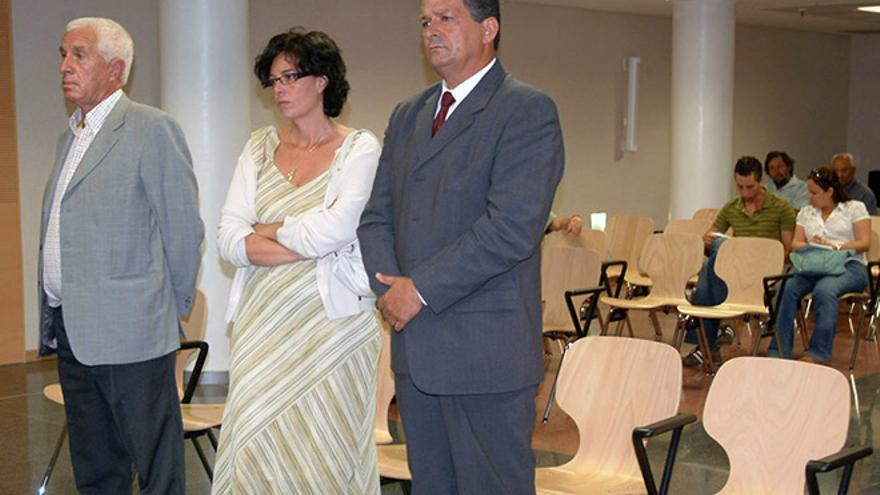 Juan Ramírez (dcha.), en el juicio del caso Villa Dolores