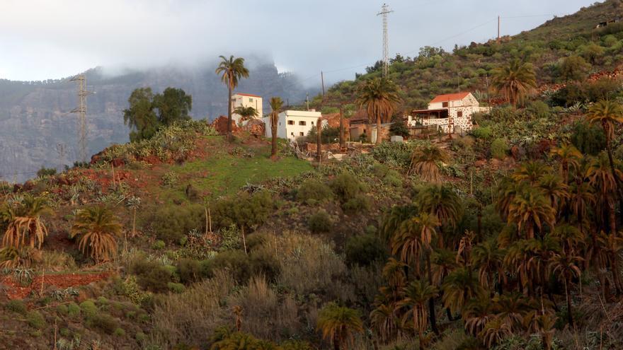 Sábado gris y lluvioso en Canarias