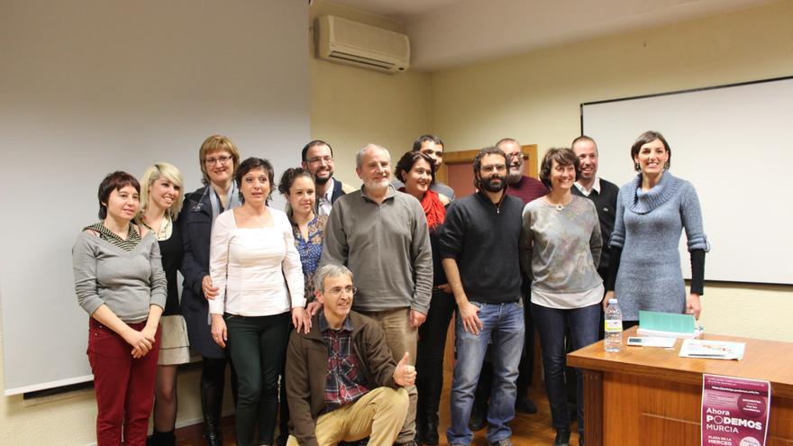 Los componentes de 'Ahora Podemos' con Lola Sánchez / PSS