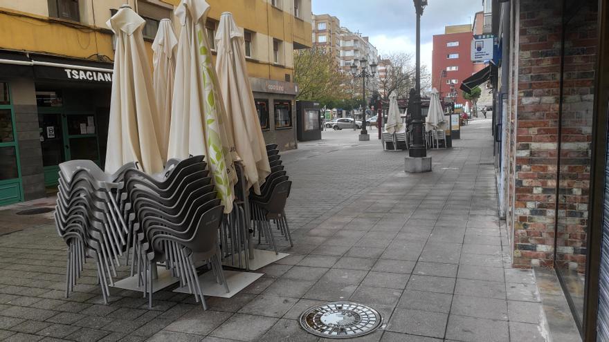 La hostelería de Asturias, en pie de guerra contra el Gobierno regional por su cautela tras el peor mes de la pandemia