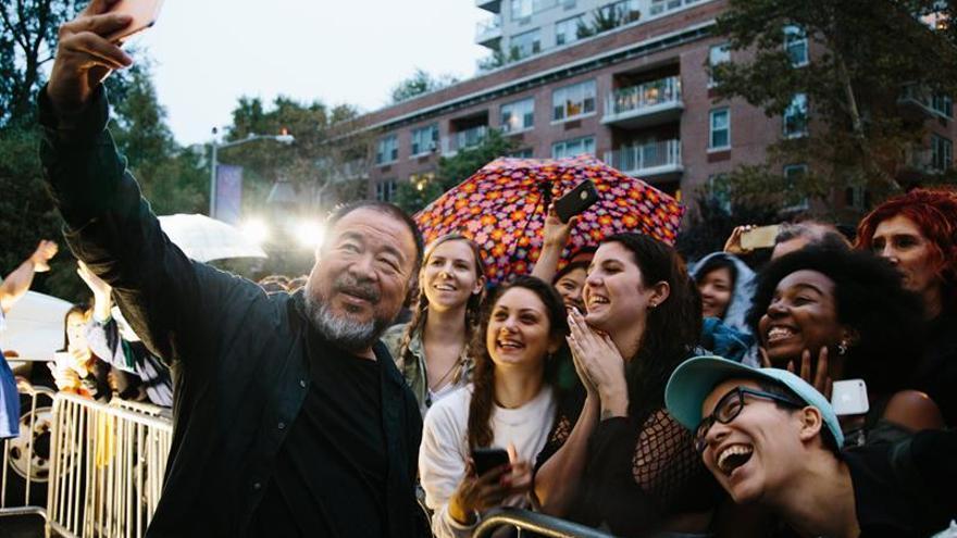 El chino Ai Weiwei inunda Nueva York con su crítica a la crisis de refugiados