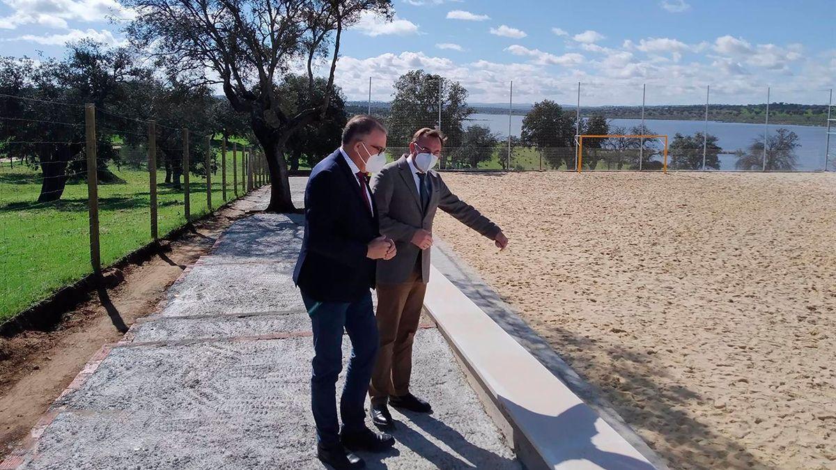 La Diputación de Córdoba mejora zonas de valor ambiental en Santaella, Montemayor, El Viso y Cardeña.