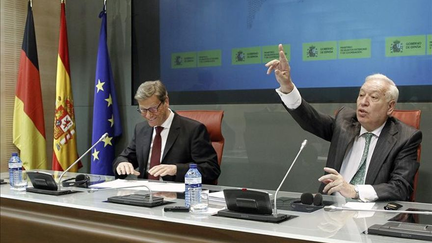 España y Alemania advierten a Cameron del alto riesgo del aislacionismo