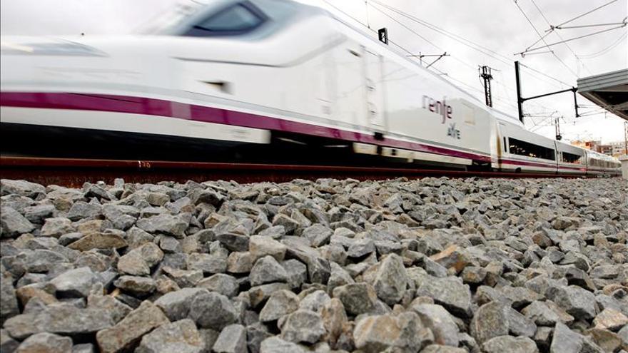 El estreno del AVE a Alicante permite ir desde Madrid por 32,45 euros