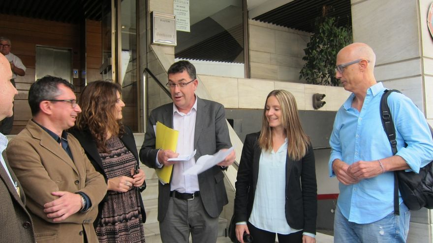 Compromís y Podemos formalizan el pacto para concurrir juntos a las  generales en la Comunidad Valenciana