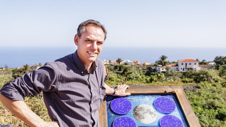 Carlos Fernández es profesor de Economía de la Universidad de La Laguna.