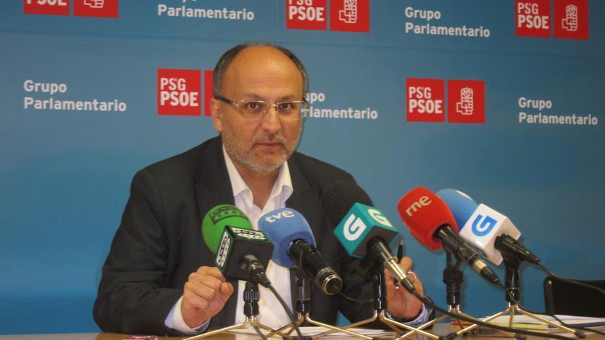"""El PSdeG ve """"tics autoritarios"""" en Feijóo y le replica que """"el único beneficiario"""" del recorte de escaños es el PP"""