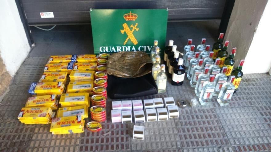 Tres detenidos acusados de robar en un supermercado de Pamplona