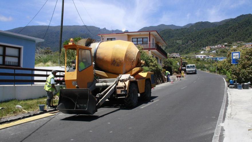 Obras de mejora en la red de saneamiento del caserío de Miranda. Foto: Ayuntamiento de Santa Cruz de La Palma.