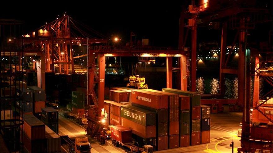 Corea del Sur logra un superávit comercial récord en noviembre