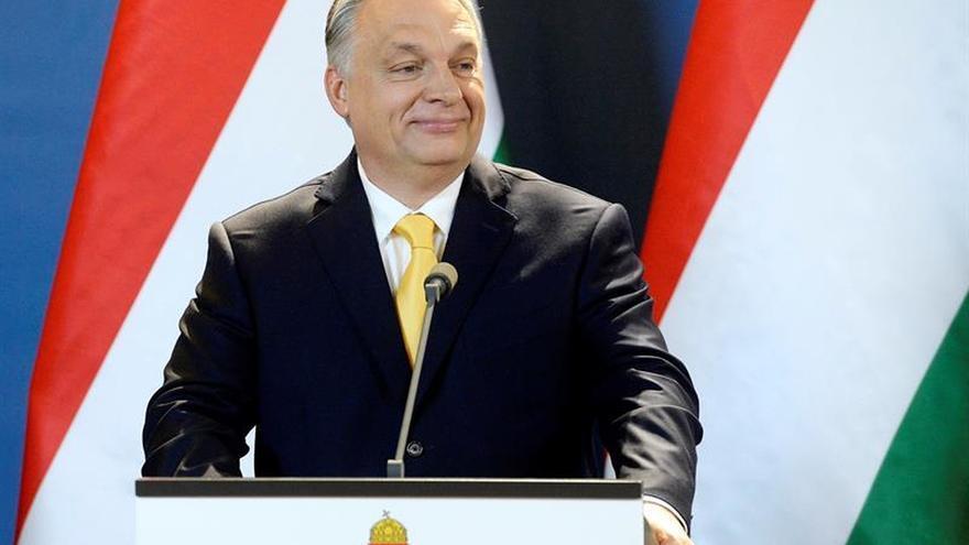 Orbán recibe el encargo para formar su tercer gobierno consecutivo en Hungría