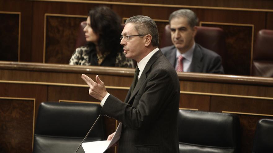 Gallardón apoya las explicaciones de Interior sobre la concertina de Melilla y su adaptación a las circunstancias