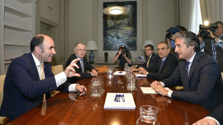 """Ayerdi dice que el convenio sobre el TAV se firmará """"cuando las dos partes estén satisfechas con un documento"""""""