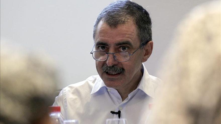 Varios intelectuales apoyan la democratización de las instituciones culturales de Barcelona