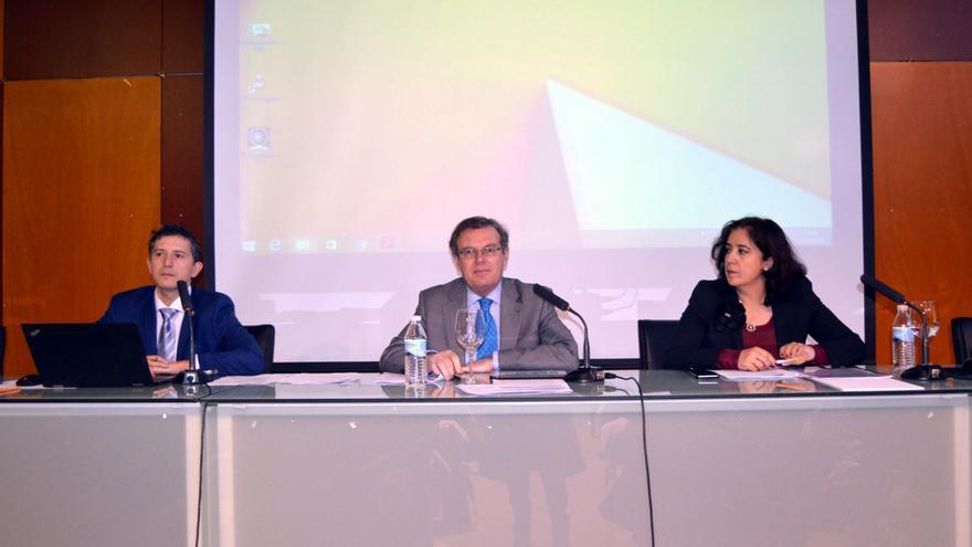 El rector explicó los detalles de la negociación al Consejo de Gobierno de la UCLM