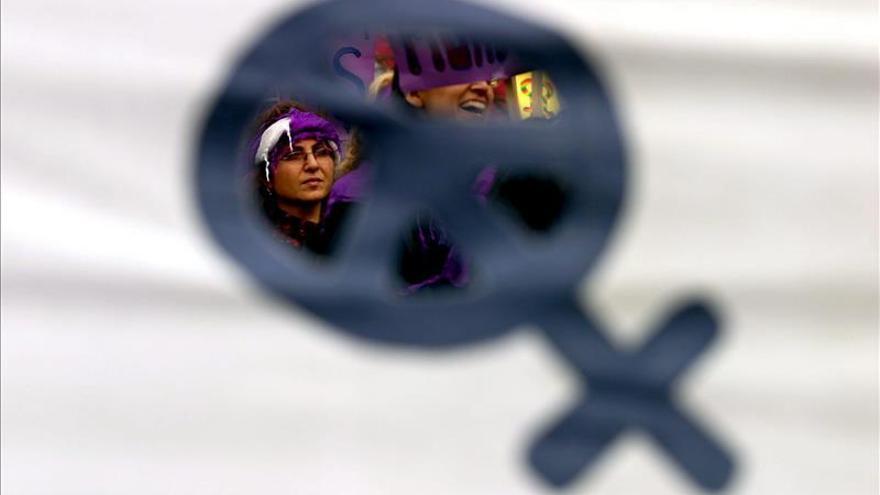 EE.UU. conmemora el 20 aniversario de la ley en contra de la violencia a las mujeres