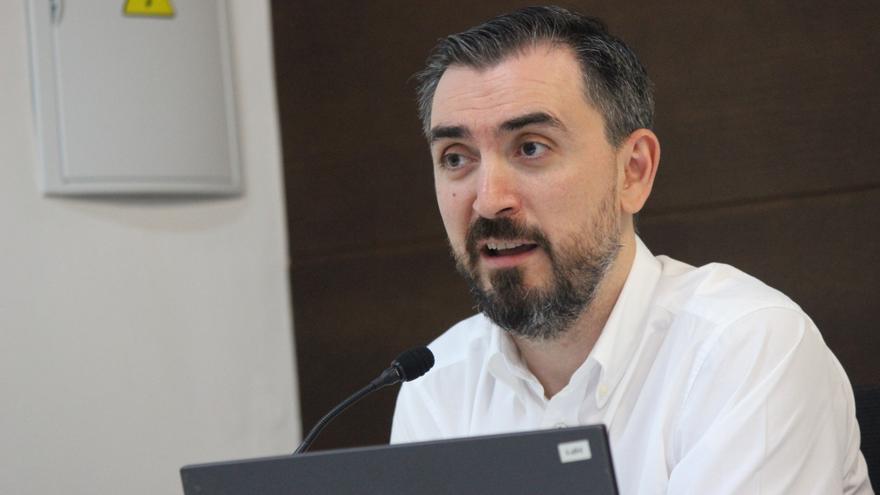 Ignacio Escolar en la ponencia en los Cursos de Verano de la UPO