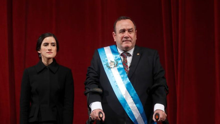 Las sorpresas del gobierno saliente para el nuevo presidente de Guatemala