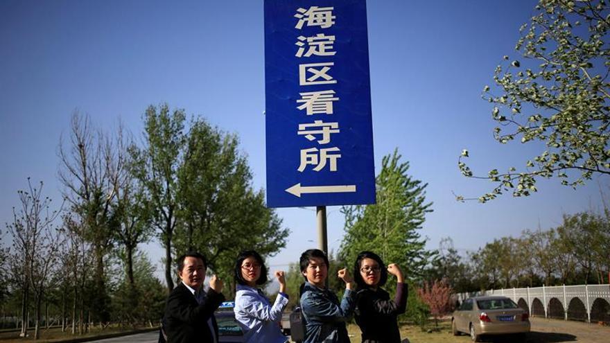 China permite salir del país a académico de Sídney tras una semana retenido