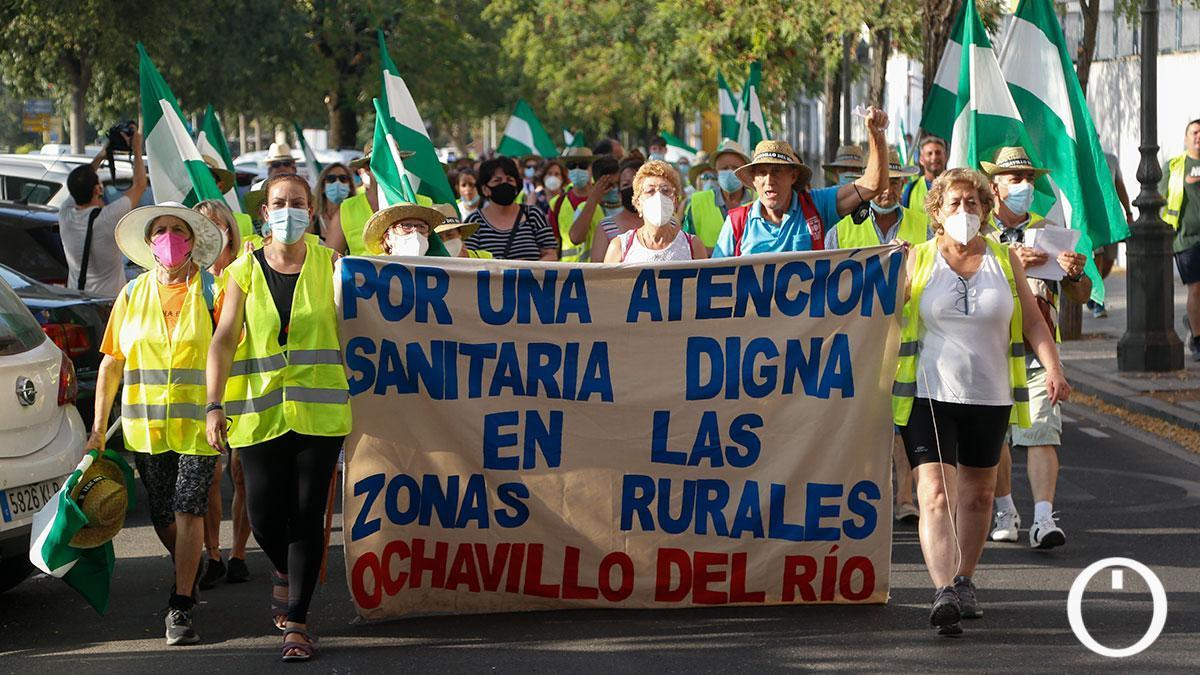 Marcha contra los recortes en atención sanitaria en el mundo rural