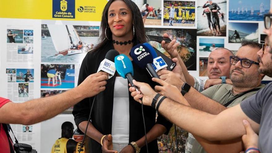 Astou Ndour, durante su visita de este jueves al Cabildo de Gran Canaria.