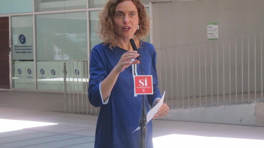 """Batet dice que el PSOE """"no siente presión"""" del mundo empresarial para apoyar a Rajoy y que no se daría por aludido"""