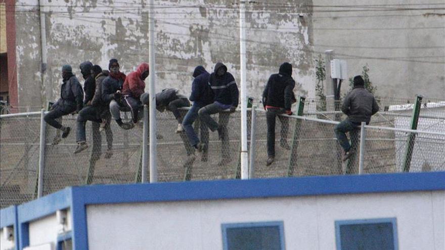 """AEGC expresa su """"apoyo incondicional"""" a guardias civiles imputados en Melilla"""