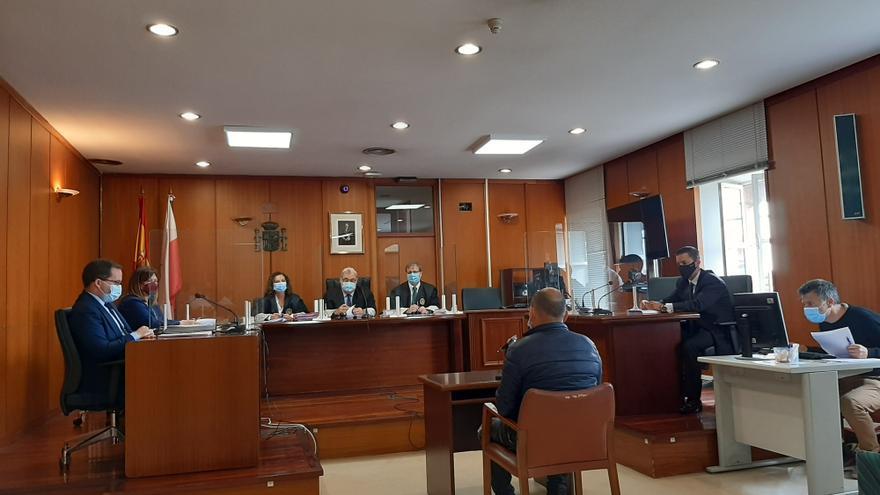 Acusado de intentar matar a otro hombre a disparos en Renedo, en el juicio contra él