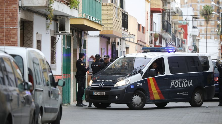 La Policía detiene a un amigo del presunto yihadista de Sevilla, que queda en libertad con medidas cautelares