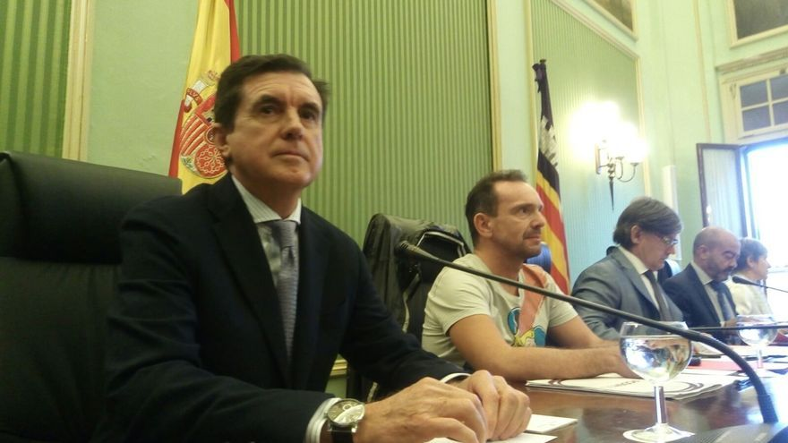 Matas niega haberse beneficiado económicamente por las autopistas de Ibiza
